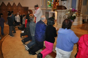 vancouver kneeling for communion