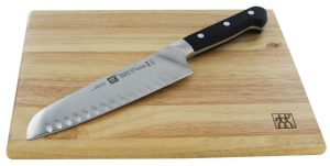 zwilling-pro-2-pc-hollow-edge-santoku-knife-cutting-board-set-3