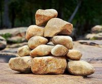 centered-stones-small